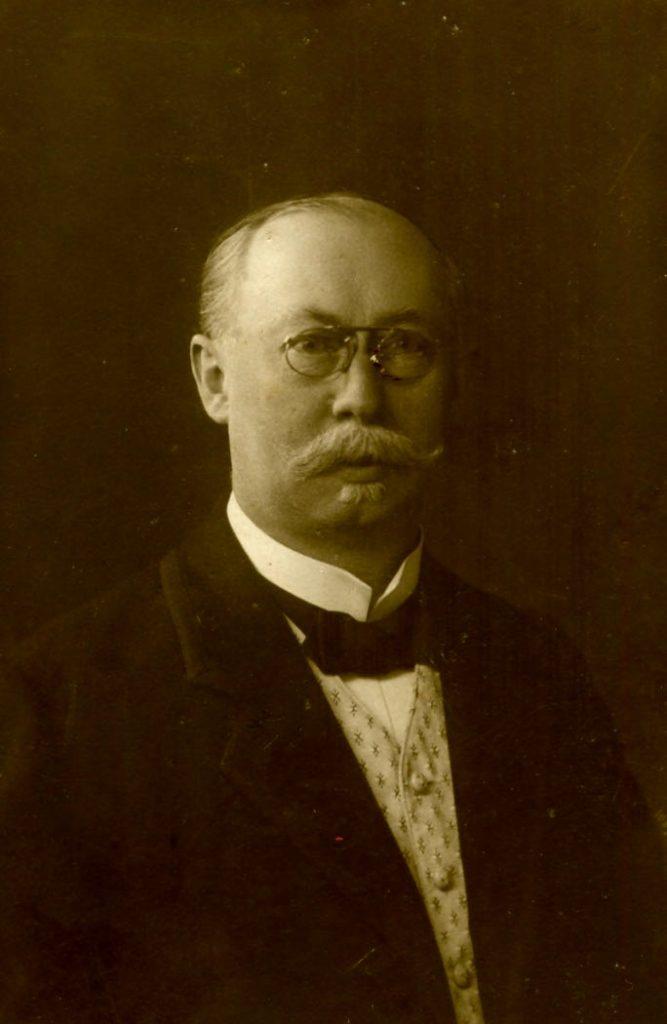 Fot. 4.Aptekarz Józef Jasiński (1854 - 1933)