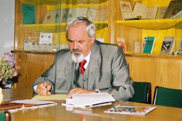 Dr farm. Jan Majewski – aptekarz o wielu pasjach.
